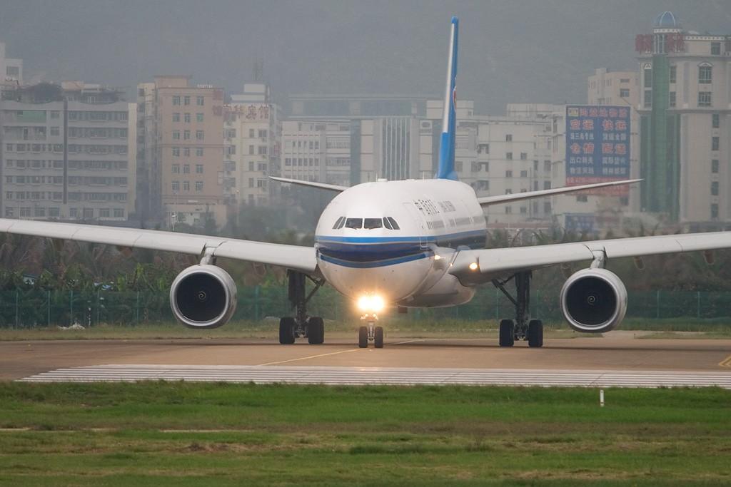 Re:[原创][深圳打机队]=====得交作业===== AIRBUS A330-343X B-6098 深圳宝安国际机场