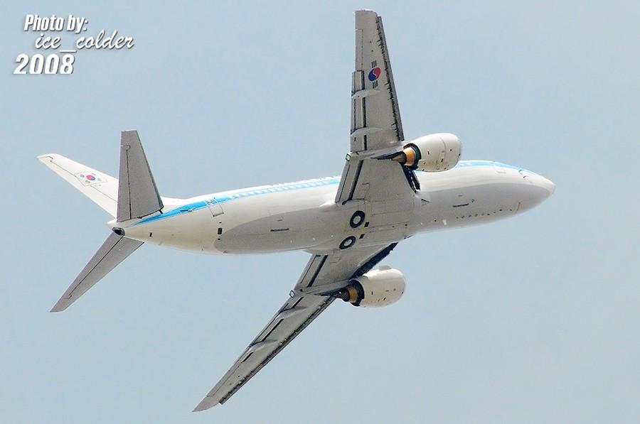 Re:[原创]来自朝鲜半岛的两架飞机,下午先后飞走了。 BOEING 737-800 85101 中国北京首都机场