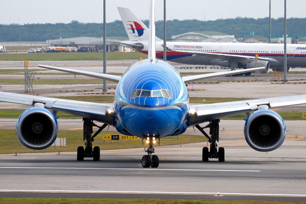 Re:[原创][CASG]為大家送上吉隆坡的相片 BOEING 777-200 9M-MRD Malaysia KUALA LUMPUR SEPANG