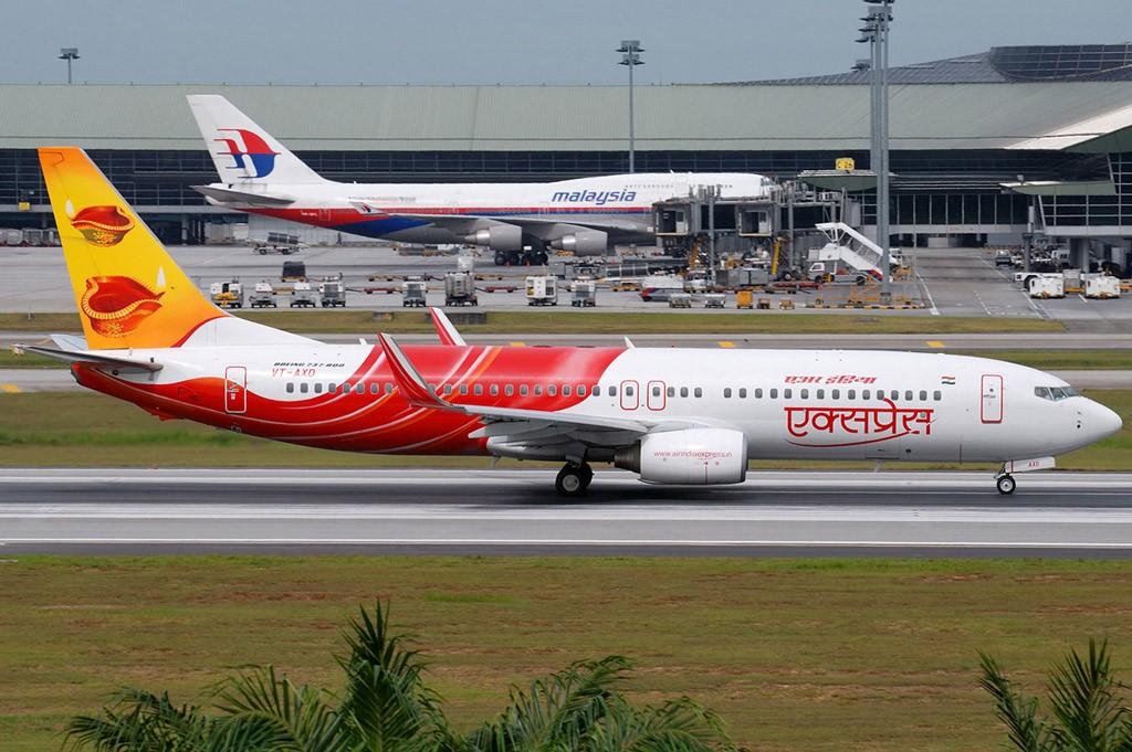 Re:[原创][CASG]為大家送上吉隆坡的相片 BOEING 737-800 VT-AXD Malaysia KUALA LUMPUR SEPANG