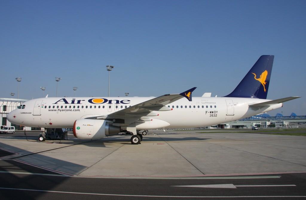 Re:[原创]图卢兹接机之旅——拍机篇 AIRBUS A320