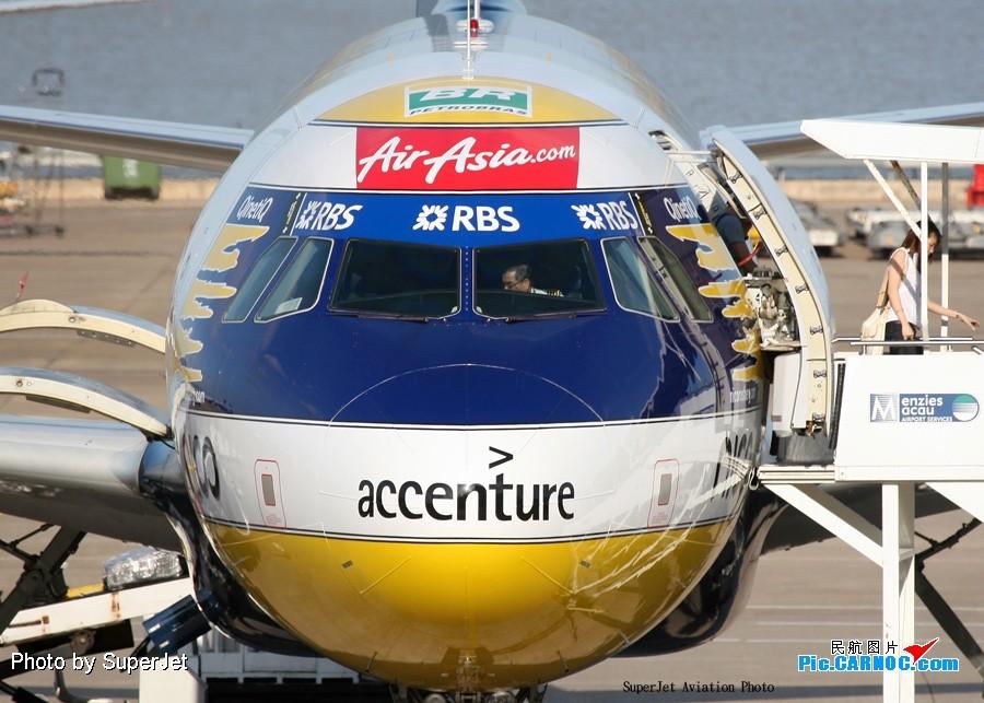 [原创]會飛天的頭盔(會飛天的安全冒) AIRBUS A320-200 9V-AFW 中国澳门机场