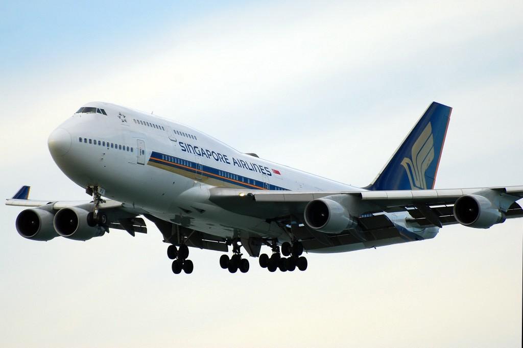 Re:[原创]香港机场影飞机 BOEING 747-412 9V-SPJ 香港