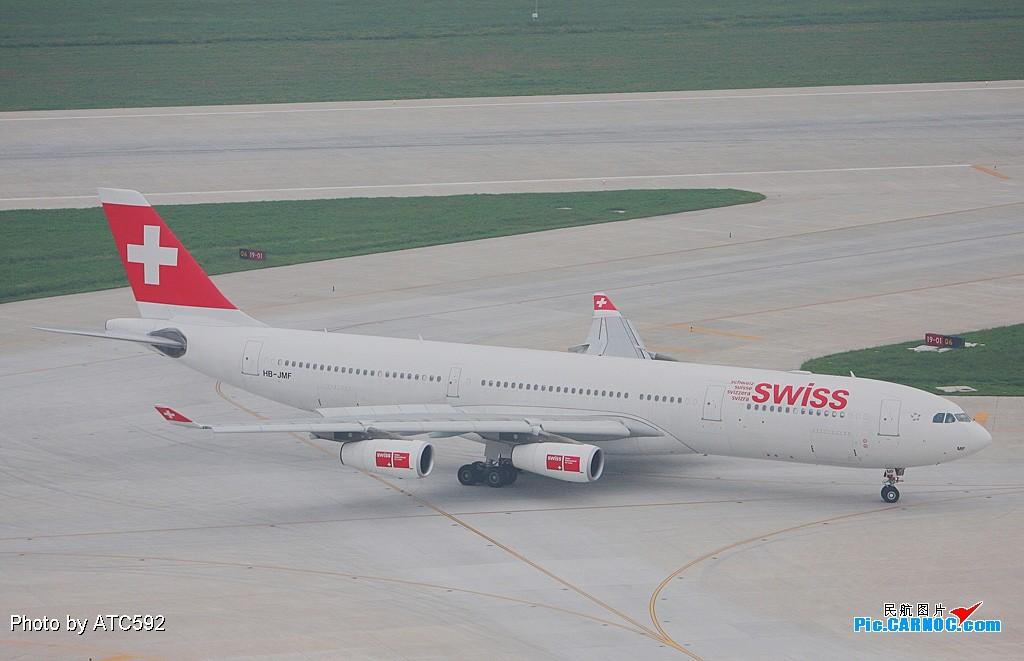 Re:[原创]新买了小白,show一下——ZBAA外航(一) A340 HB-JMF ZBAA