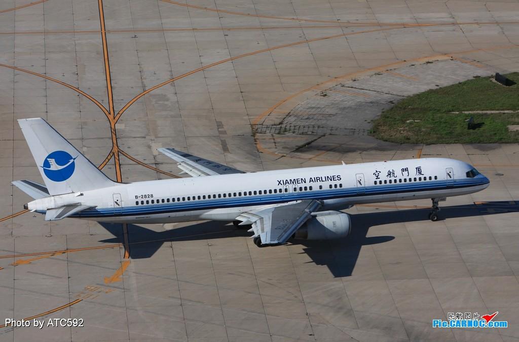 Re:[原创]转换阵地——到西边啦~~ BOEING 757-200 B-2828 中国北京首都机场