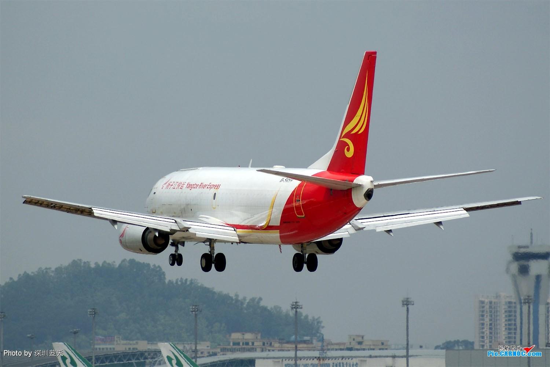 Re:[原创]【深圳打机队】国航747之B-2456打头阵,少见的擦烟! BOEING 737-300F B-5059 中国深圳宝安机场