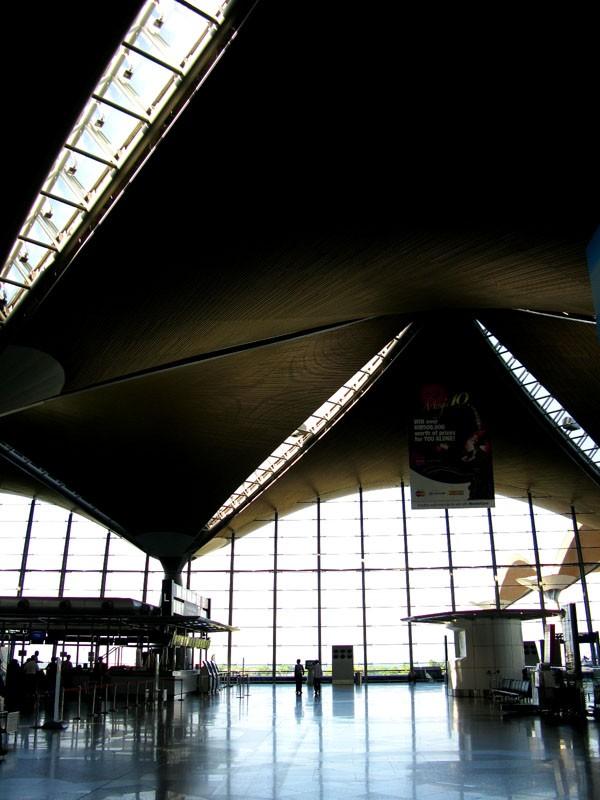 Re:[原创]KLIA(吉隆坡雪邦)几张    Malaysia KUALA LUMPUR SUBANG