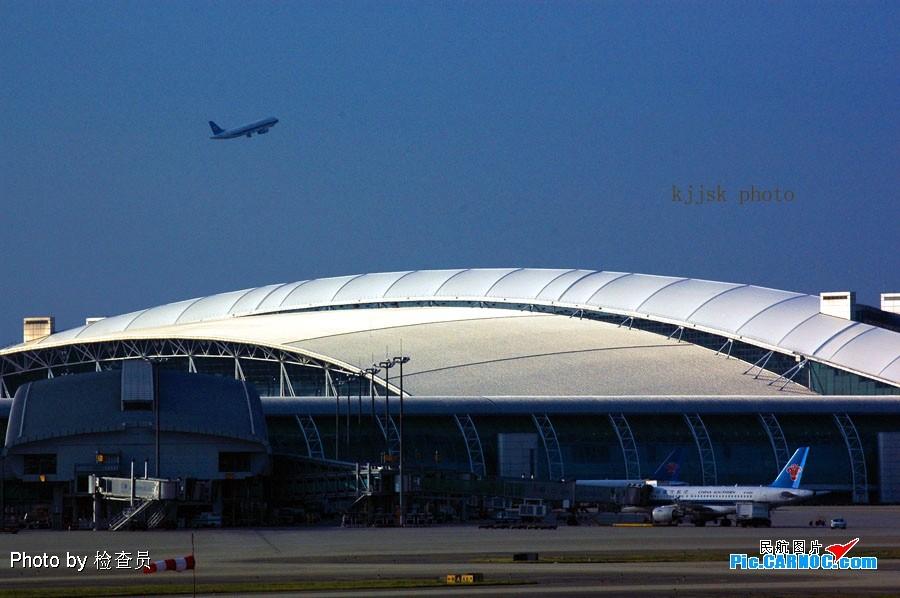 Re:[原创]老徐拍飞机--白云罕见的好天    中国广州白云机场