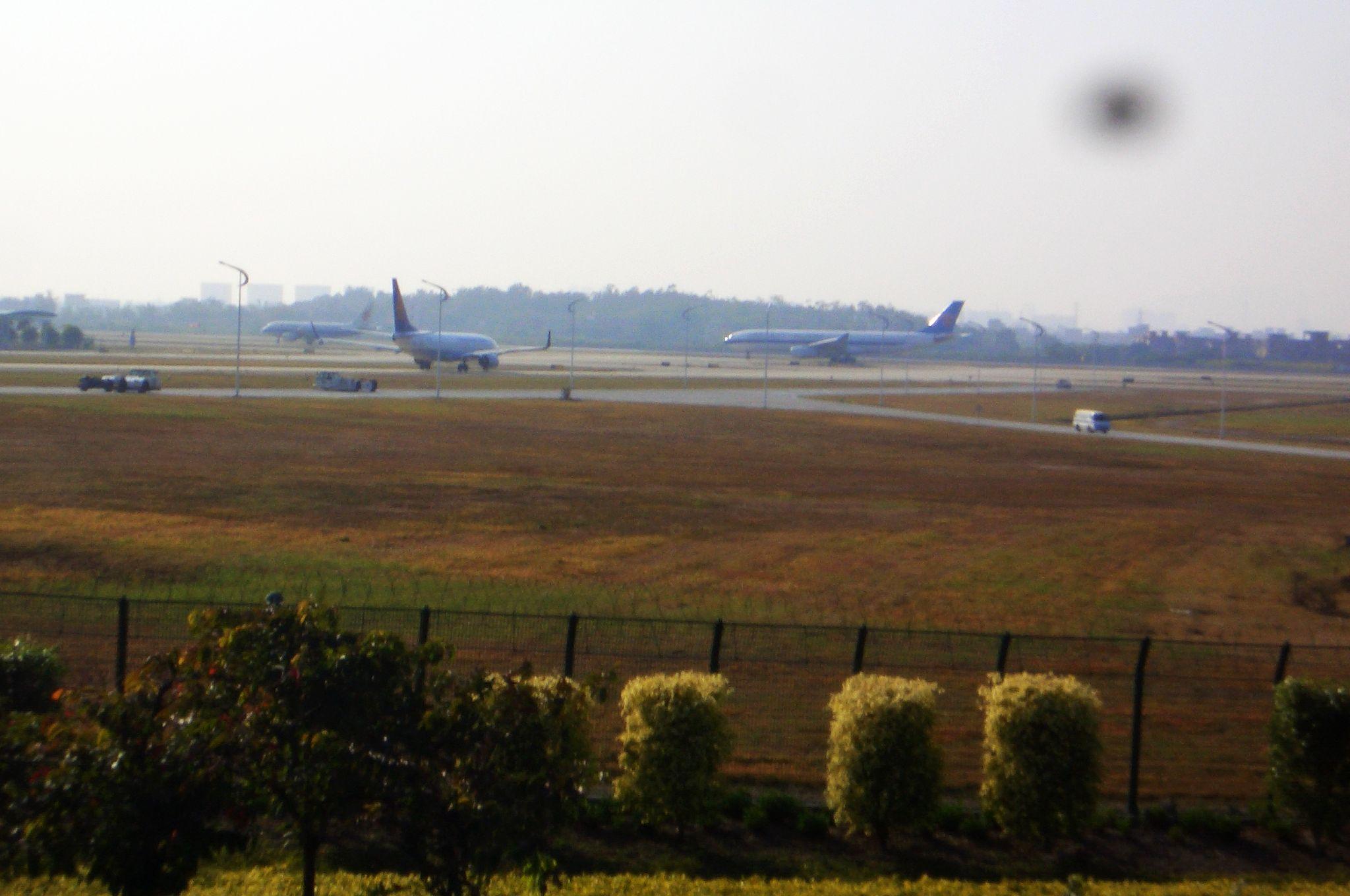 Re:[原创]恢复信心后的第一次发帖,09年第一次活动 AIRBUS A330-300  中国广州白云机场 中国广州白云机场