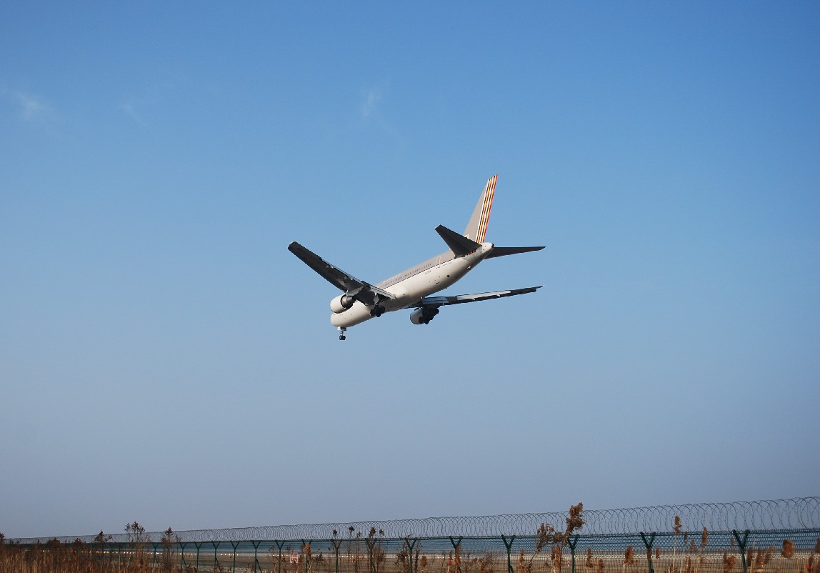 Re:[原创]时隔一个月,冒一下泡。发图90张 BOEING 767-38E HL7528 中国上海浦东机场