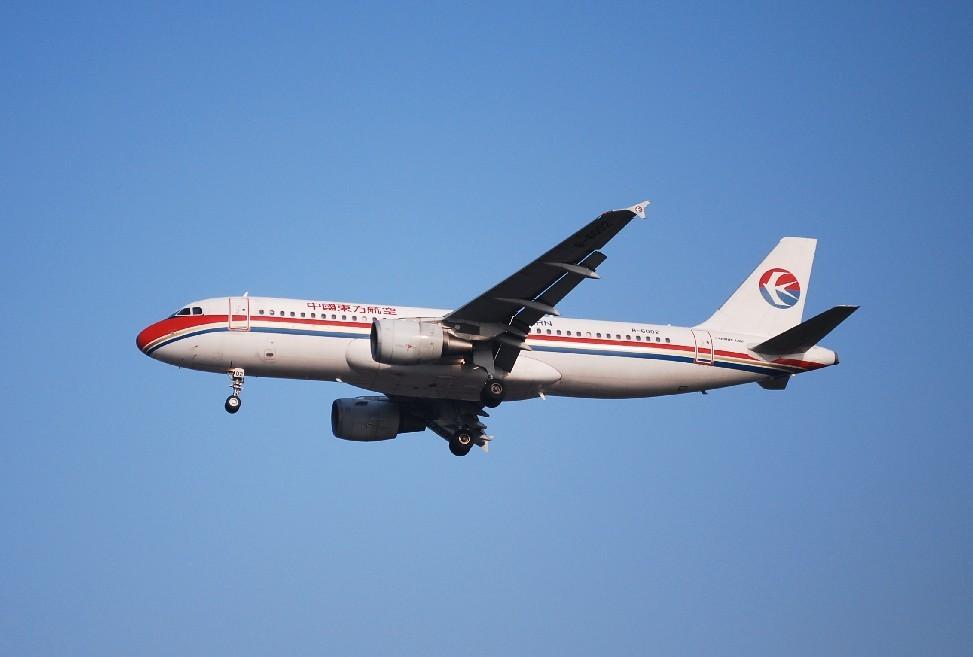 Re:[原创]时隔一个月,冒一下泡。发图90张 AIRBUS A320-214 B-6002 中国上海浦东机场
