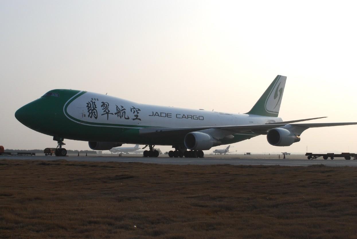 Re:[原创]时隔一个月,冒一下泡。发图90张 BOEING 747-4EVF/ER/SCD B-2441 中国上海浦东机场