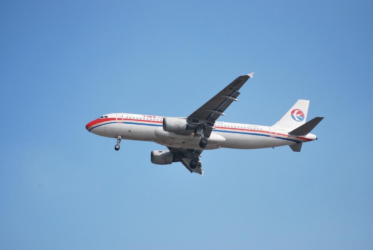 Re:[原创]时隔一个月,冒一下泡。发图90张 AIRBUS A320-214 B-2363 中国上海浦东机场