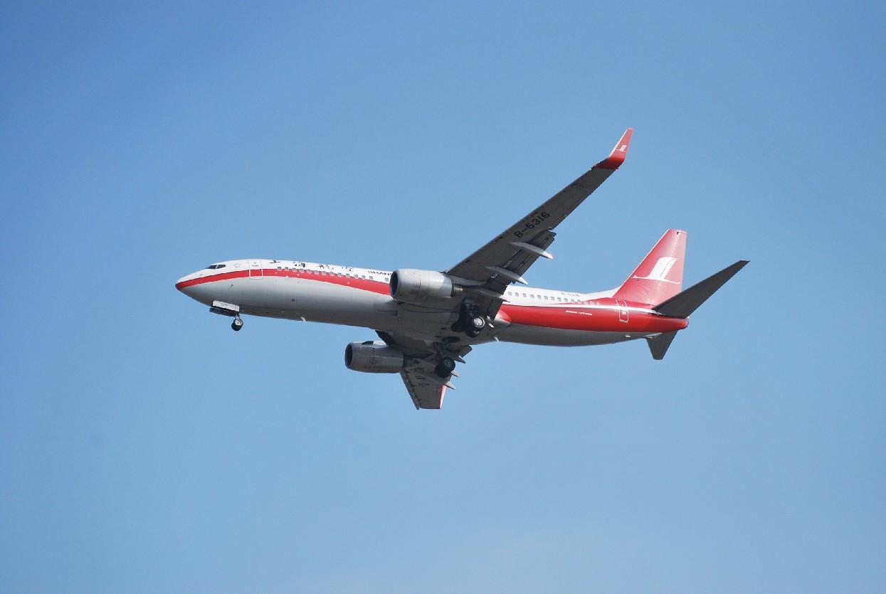 Re:[原创]时隔一个月,冒一下泡。发图90张 BOEING 737-86D B-5316 中国上海浦东机场