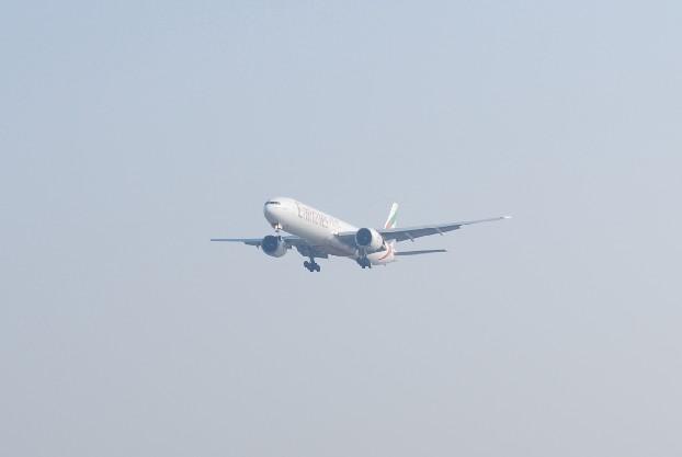 Re:[原创]时隔一个月,冒一下泡。发图90张 BOEING 777-36N/ER A6-EBB 中国上海浦东机场