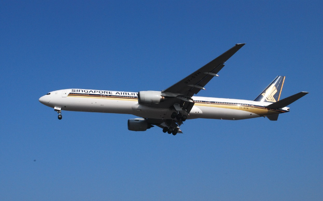 Re:[原创]时隔一个月,冒一下泡。发图90张 BOEING 777-312 9V-SYH 中国上海浦东机场