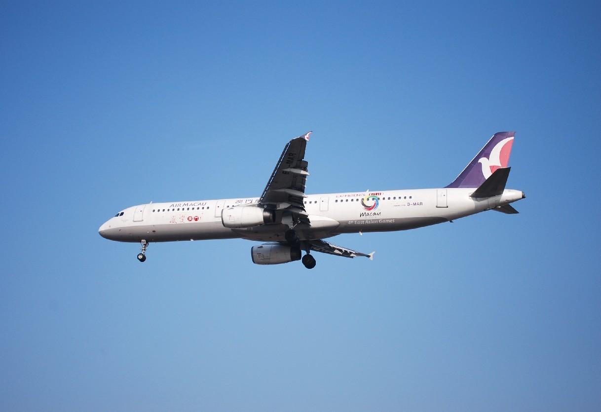 Re:[原创]时隔一个月,冒一下泡。发图90张 AIRBUS A321-111 B-MAR 中国上海浦东机场