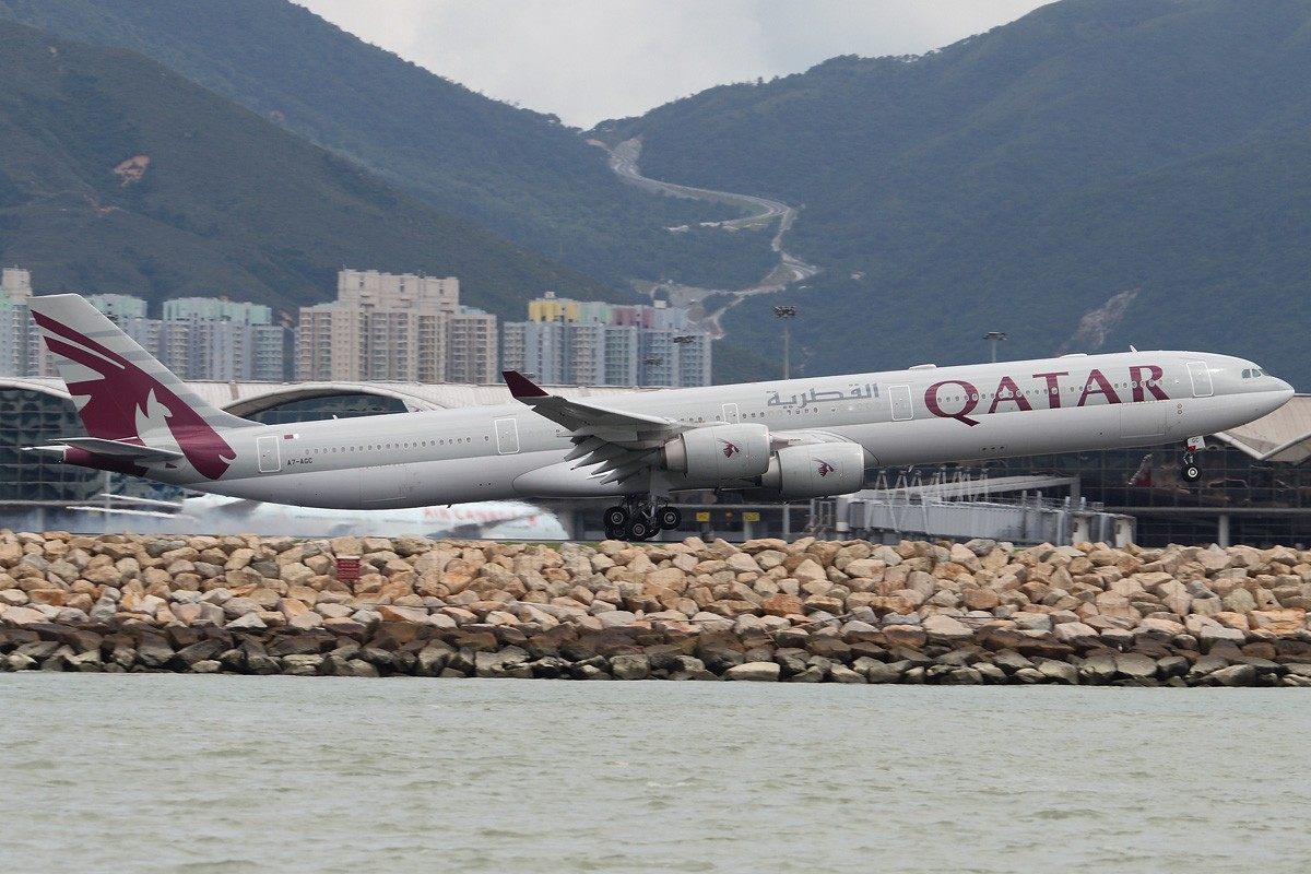 Re:[原创]【CASG】遵照HDZHOU老大的命令,20张图完成本月的任务^_^ A340-642 A7-AGC 中国香港赤鱲角国际机场