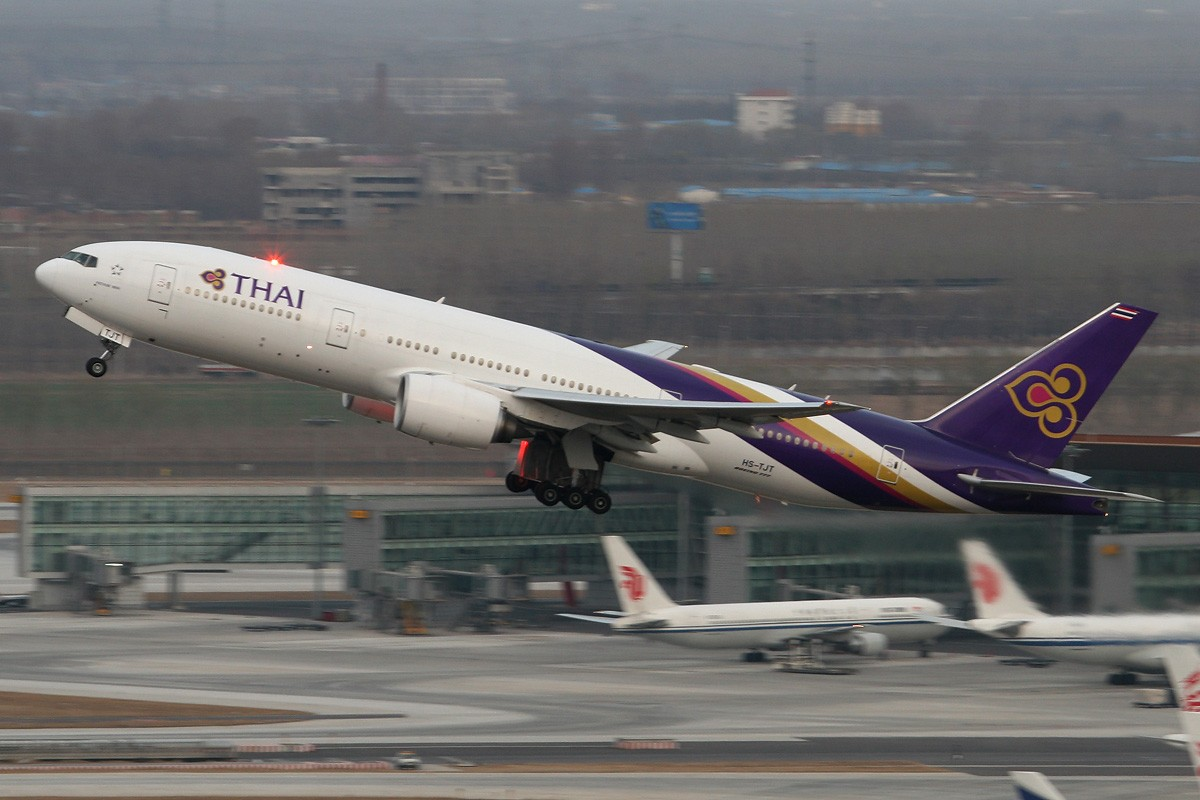Re:[原创]【CASG】遵照HDZHOU老大的命令,20张图完成本月的任务^_^ BOEING 777-200 HS-TJT 中国北京首都机场