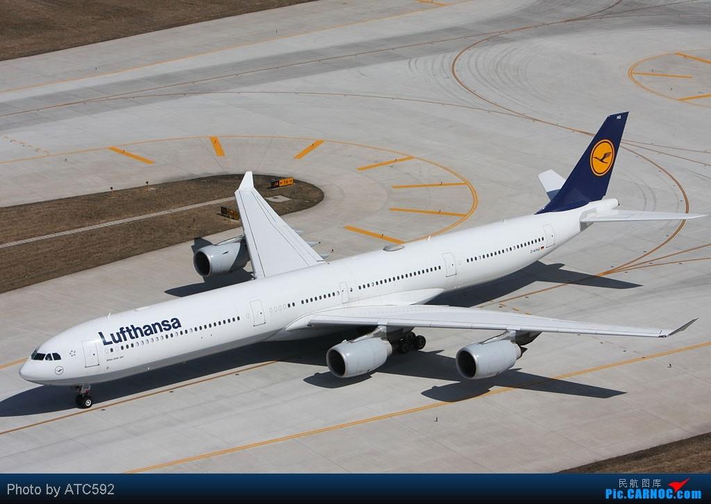 Re:[原创]很久没发帖了,冒个泡。o  O AIRBUS A340-600 D-AIHQ 中国北京首都机场