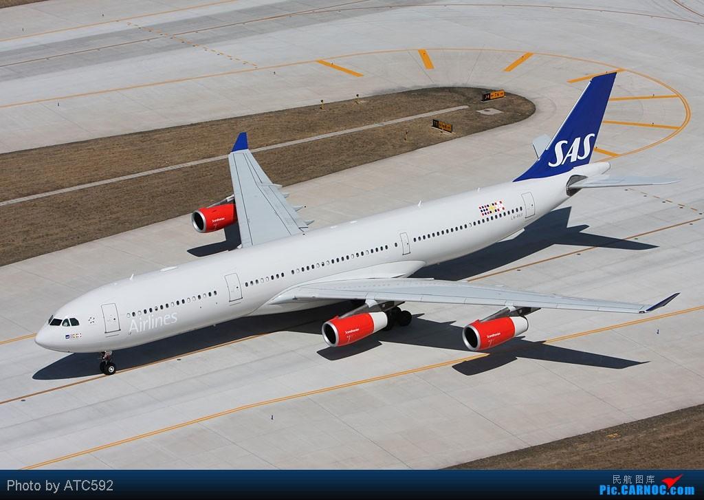 Re:[原创]很久没发帖了,冒个泡。o  O AIRBUS A340 LN-RKF 中国北京首都机场