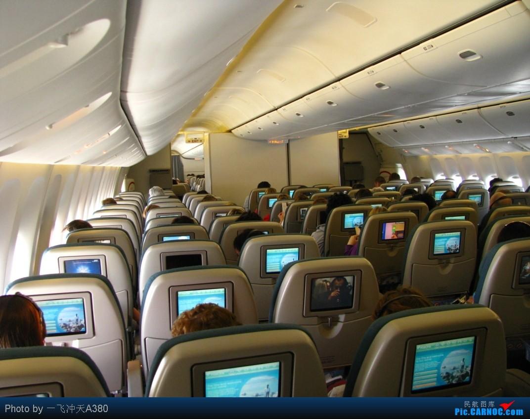 Re:[原创]搭乘新西蘭航太平洋經濟艙【繞著飛回國】MEL-AKL-PVG BOEING 777-200 ZK-OKD 空中