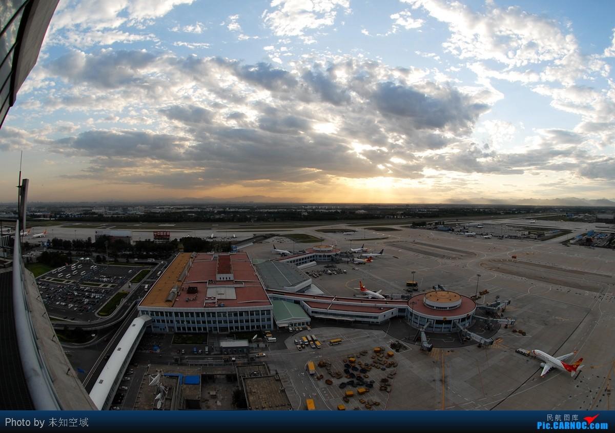 Re:[原创]首都机场那一抹漂亮的火烧云    中国北京首都机场