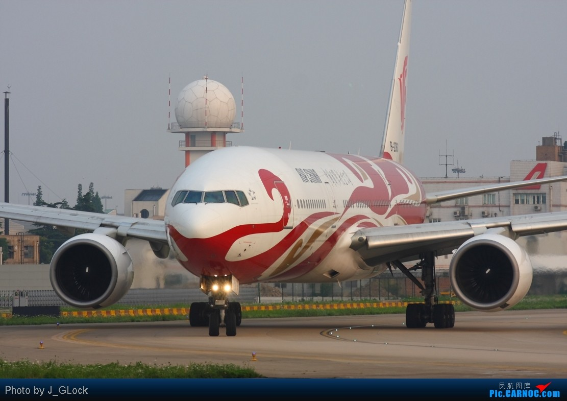 Re:[原创]★ 看一次 少一次 的位置 ★ BOEING 777-200 B-2060 中国上海虹桥机场