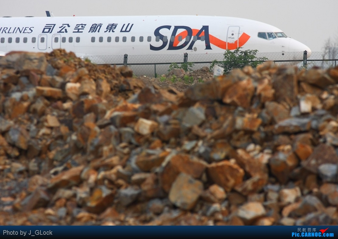 Re:[原创]★ 看一次 少一次 的位置 ★ BOEING 737-800 B-5450 中国上海虹桥机场