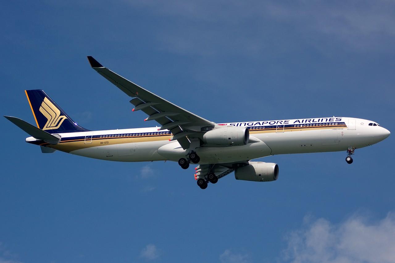 Re:[原创]没有主题,杂图一大堆(内附新航空姐照片) AIRBUS A330-300 9V-STD Singapore SINGAPORE CHANGI