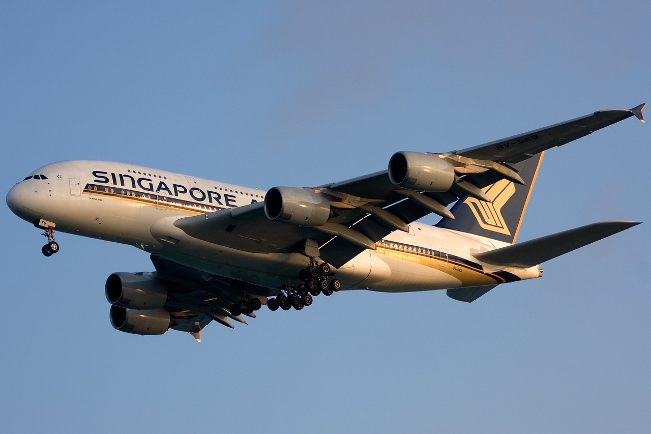 Re:[原创]没有主题,杂图一大堆(内附新航空姐照片) AIRBUS A380 9V-SKB Singapore SINGAPORE CHANGI