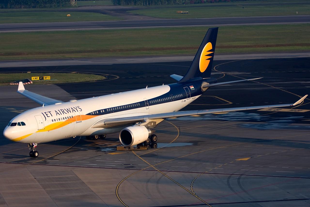 Re:[原创]没有主题,杂图一大堆(内附新航空姐照片) AIRBUS A330-300 VT-JWN Singapore SINGAPORE CHANGI