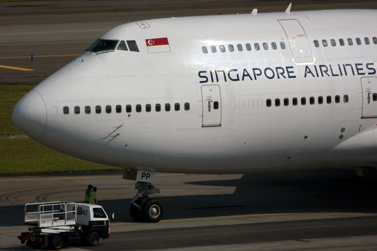 Re:[原创]没有主题,杂图一大堆(内附新航空姐照片) BOEING 747-412 9V-SPP Singapore SINGAPORE CHANGI