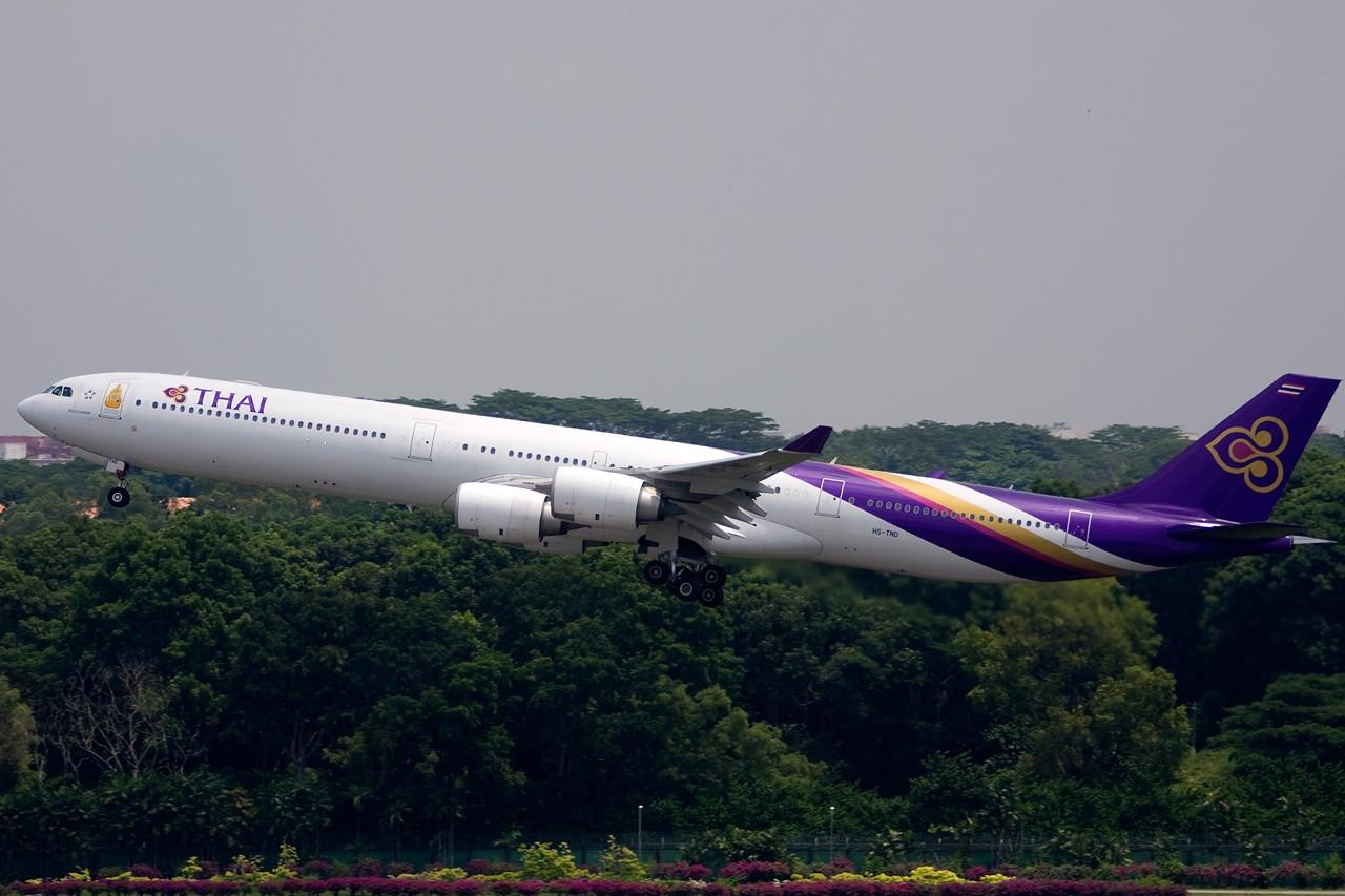 Re:[原创]没有主题,杂图一大堆(内附新航空姐照片) AIRBUS A340-600 HS-TND Singapore SINGAPORE CHANGI