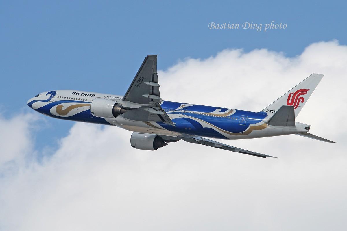Re:[原创]【CASG】夏天到了,拍飞机的黄金时间到了,好飞机也到了~~ BOEING 777-200 B-2059 中国北京首都机场