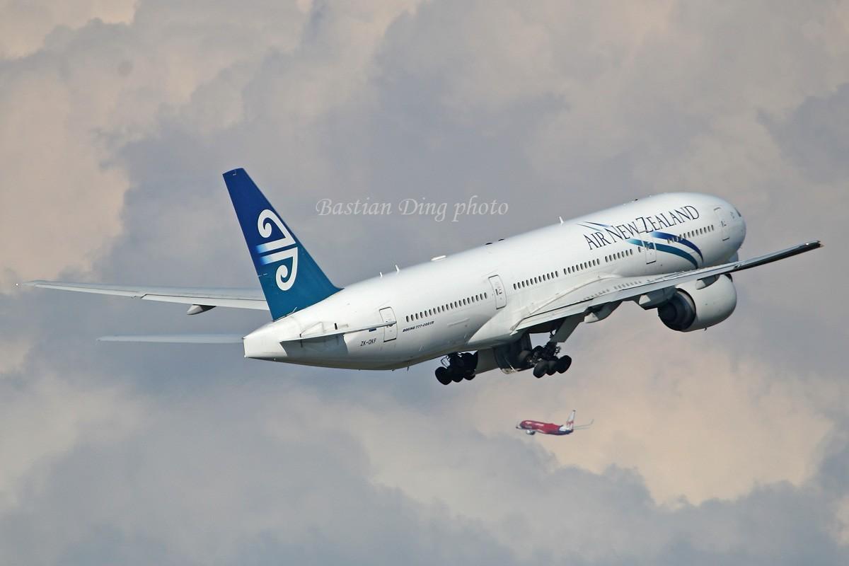 Re:[原创]【CASG】夏天到了,拍飞机的黄金时间到了,好飞机也到了~~ BOEING 777-200  Australia SYDNEY KINGSFORD