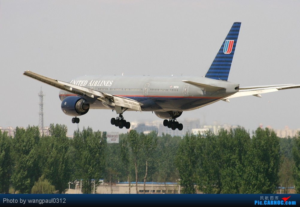 Re:[原创]周末也发帖!好天发新帖,烂天贴旧图 BOEING 777-222/ER N227UA 中国北京首都机场