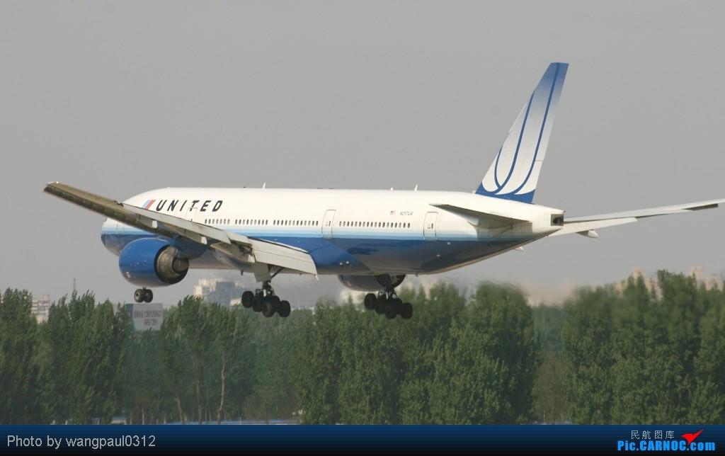 Re:[原创]周末也发帖!好天发新帖,烂天贴旧图 BOEING 777-222/ER N217UA 中国北京首都机场