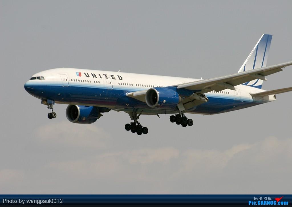 Re:[原创]周末也发帖!好天发新帖,烂天贴旧图 BOEING 777-222/ER N220UA 中国北京首都机场