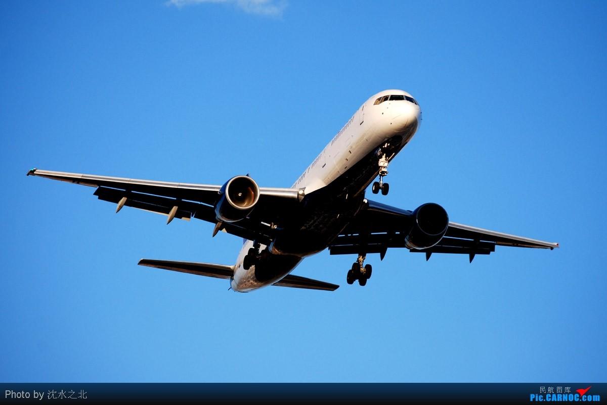 Re:[原创]////////六月份的杂七杂八/US Navy TW-2/商务机等等//////// BOEING 737-7CT C-FWBG LAS