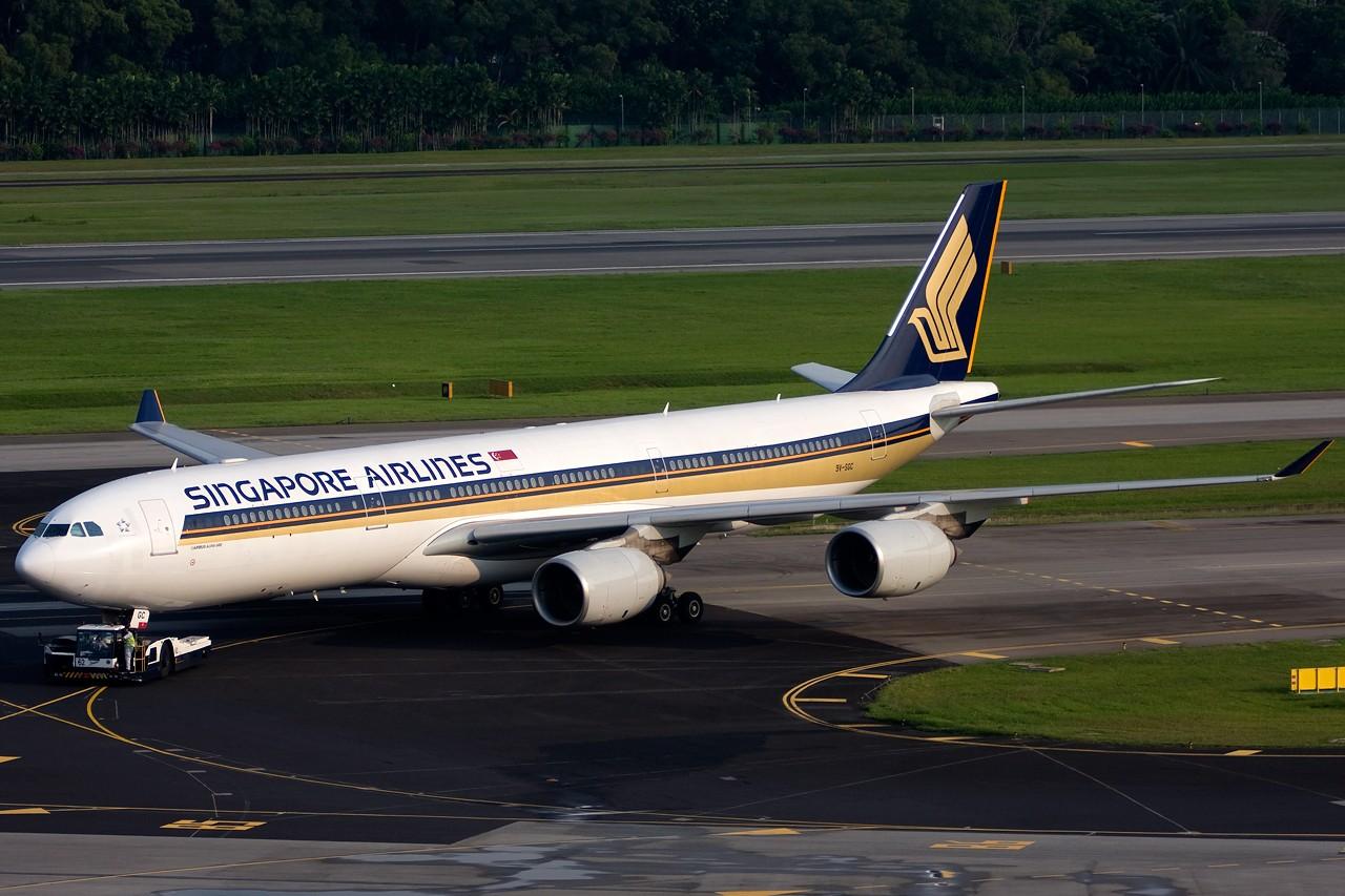[原创]不多见的机型——几张新航345照片 AIRBUS A340-500 9V-SGC singapore