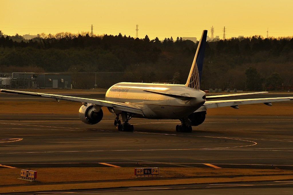Re:天气差也得拍 BOEING 777-200 N77014 Japan TOKYO NARITA
