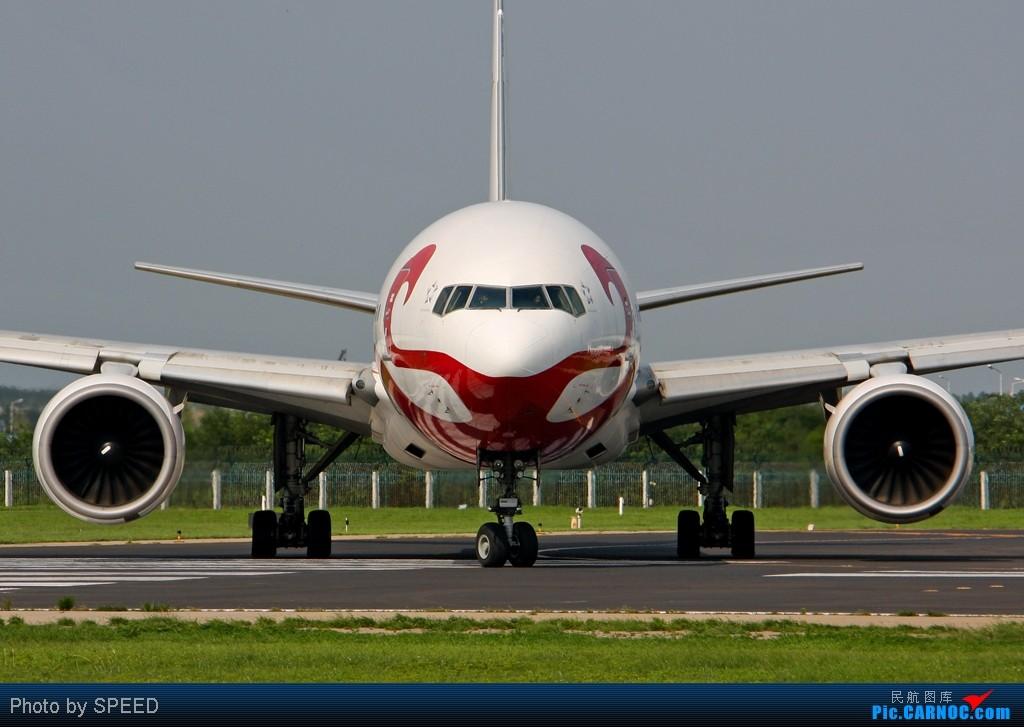 Re:[原创]18R-波音系列全大头 BOEING 777-200 B-2060 中国北京首都机场