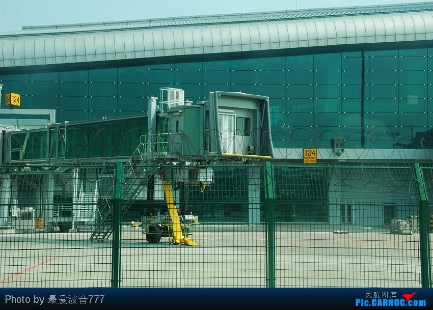 Re:[原创]09夏秋回乡,返蓉记录 CZ+MU+CA体验国内航空三巨头 AIRBUS A321-211 B-6361 中国广州白云机场 中国广州白云机场