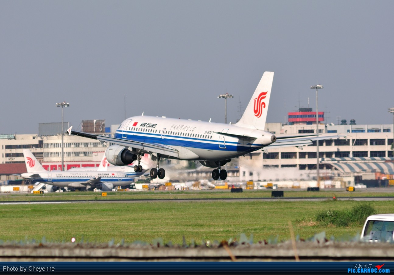 Re:[原创]晴空万里贺佳节,婵娟金凤舞双流! AIRBUS A319-100 B-6223 中国成都双流机场
