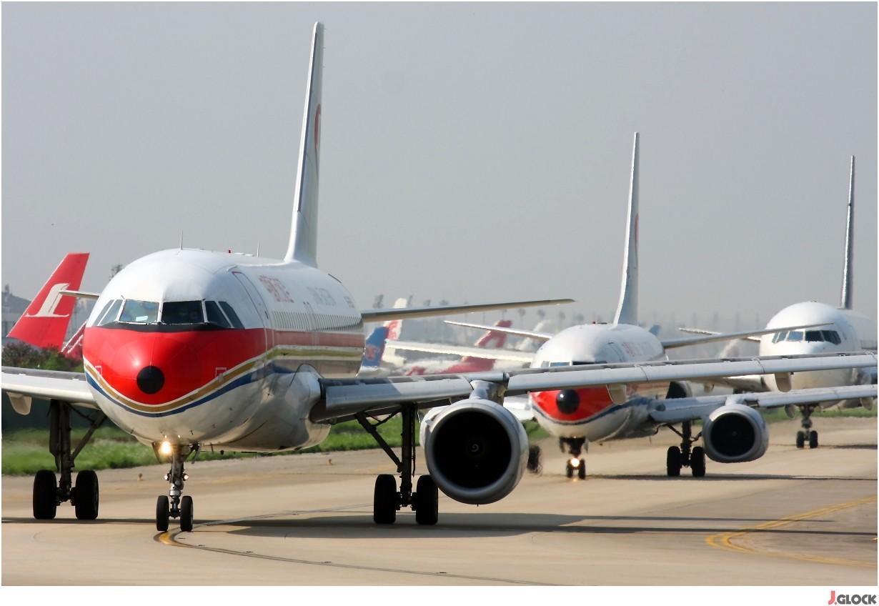 Re:[原创]【 ♠ J 】 【SHA】 藏了 120天的照片  回味虹桥18头带来的震撼距离 !! BOEING 737-800WL B-5322 中国上海虹桥机场