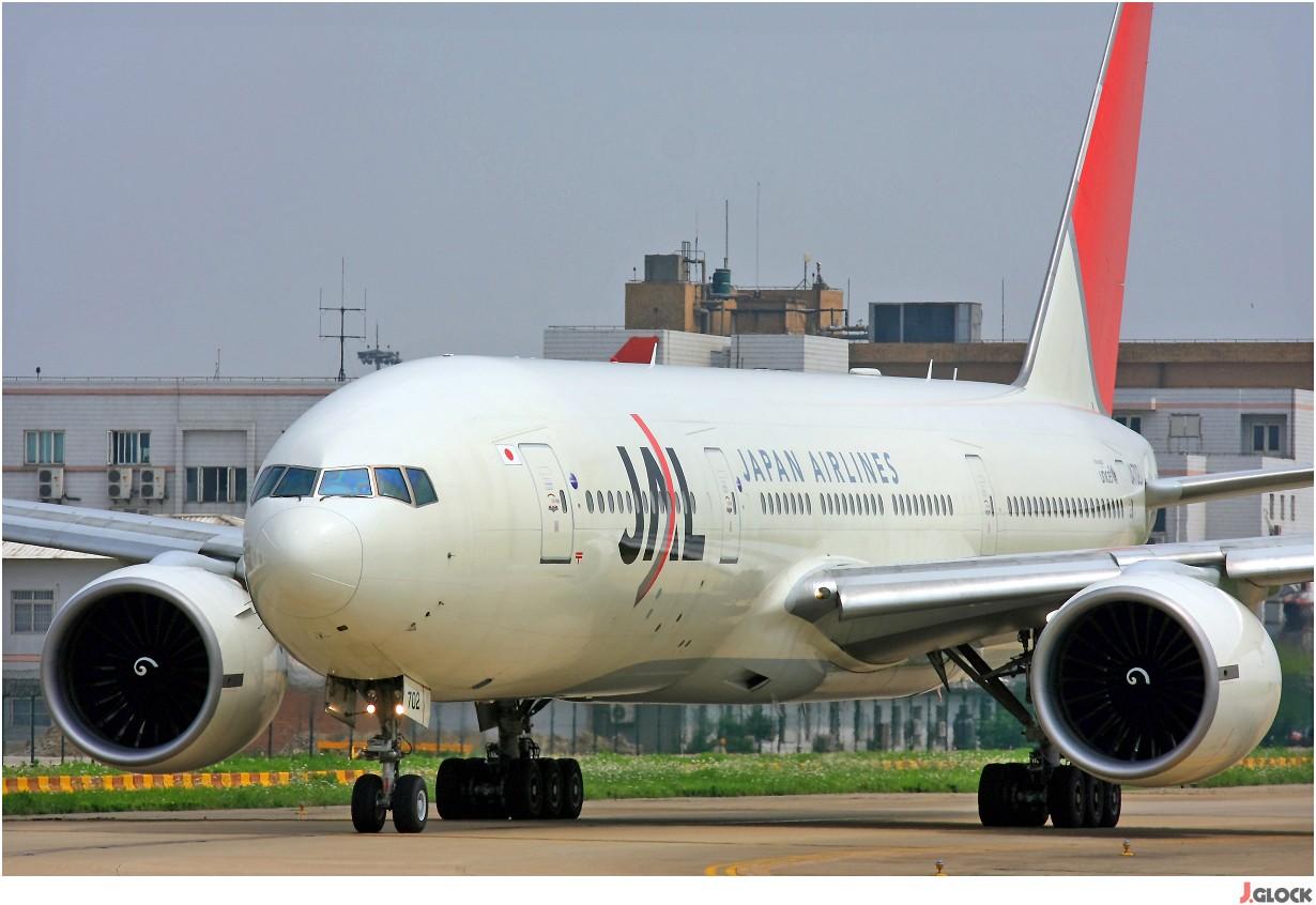 Re:[原创]【 ♠ J 】 【SHA】 藏了 120天的照片  回味虹桥18头带来的震撼距离 !! BOEING 777-200 JA702J 中国上海虹桥机场