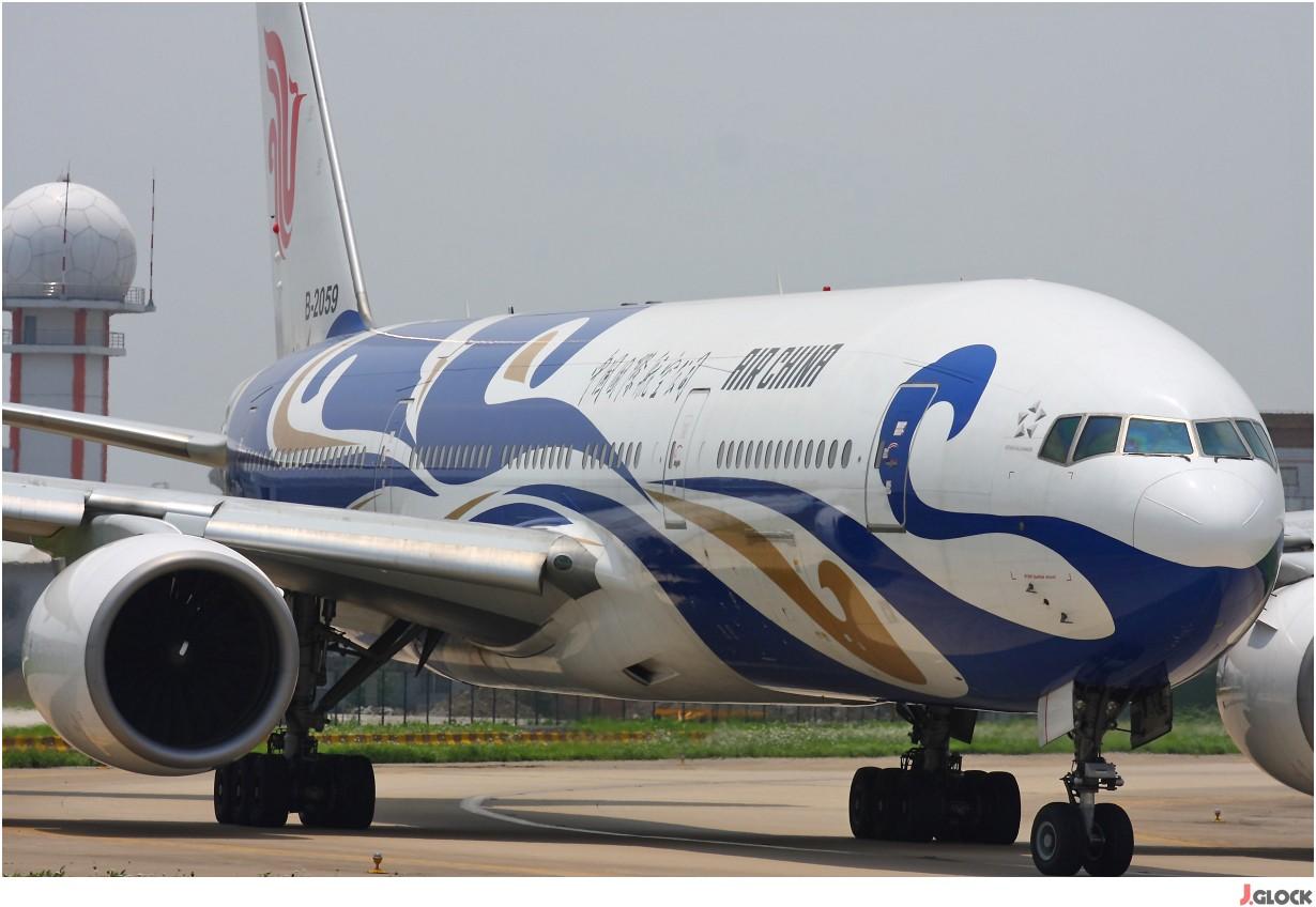 Re:[原创]【 ♠ J 】 【SHA】 藏了 120天的照片  回味虹桥18头带来的震撼距离 !! BOEING 777-200 B-2059 中国上海虹桥机场