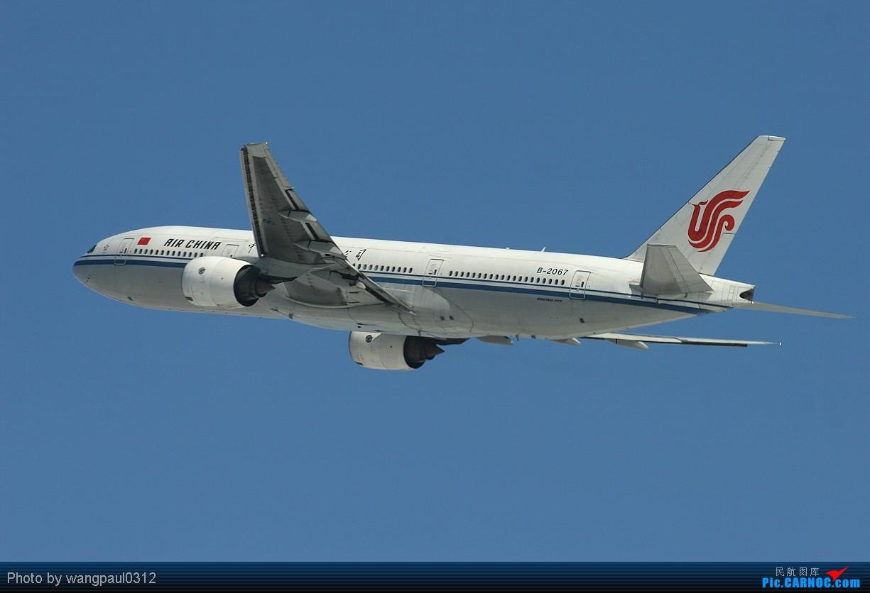 Re:[原创]须晴日,看首都机场红装素裹,分外妖娆,引无数英雄竞折腰。 BOEING 777-200 B-2067 中国北京首都机场