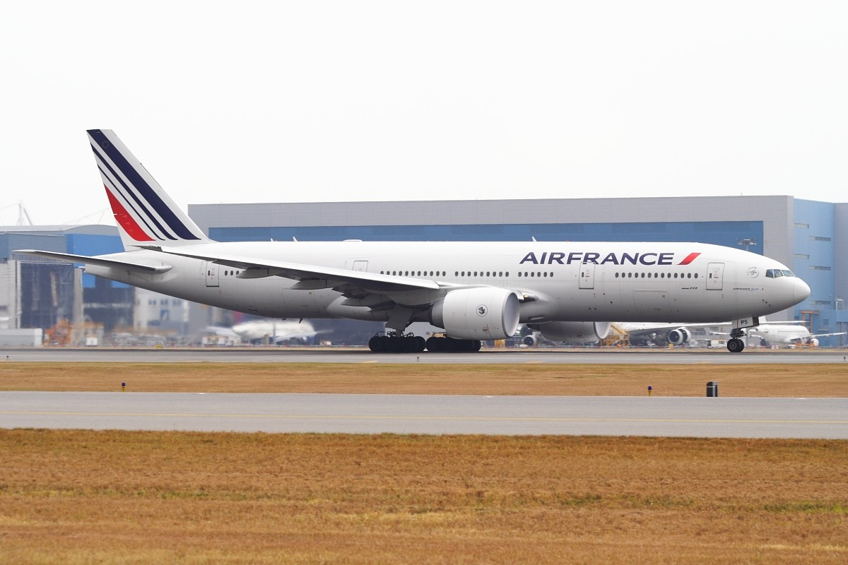 Re:[原创]香港政府飛行服務隊的開放日, 顯然我沒有理會到主人家 BOEING 777-228ER F-GSPS 中国香港赤鱲角国际机场